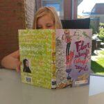 Mijn dochter leest! Met dank aan 'De Regels van Floor'