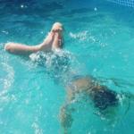 Hallo hittegolf! (het zwembad wordt volop gebruikt)