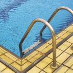 Voor het eerst weer naar school en naar zwemles (hallo nieuwe regels)