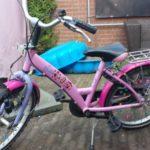 Op de nieuwe K3-fiets naar school: de kleuter vond 't spannend
