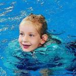 Yes, we zijn verlost van zwemles (voor een jaar dan)